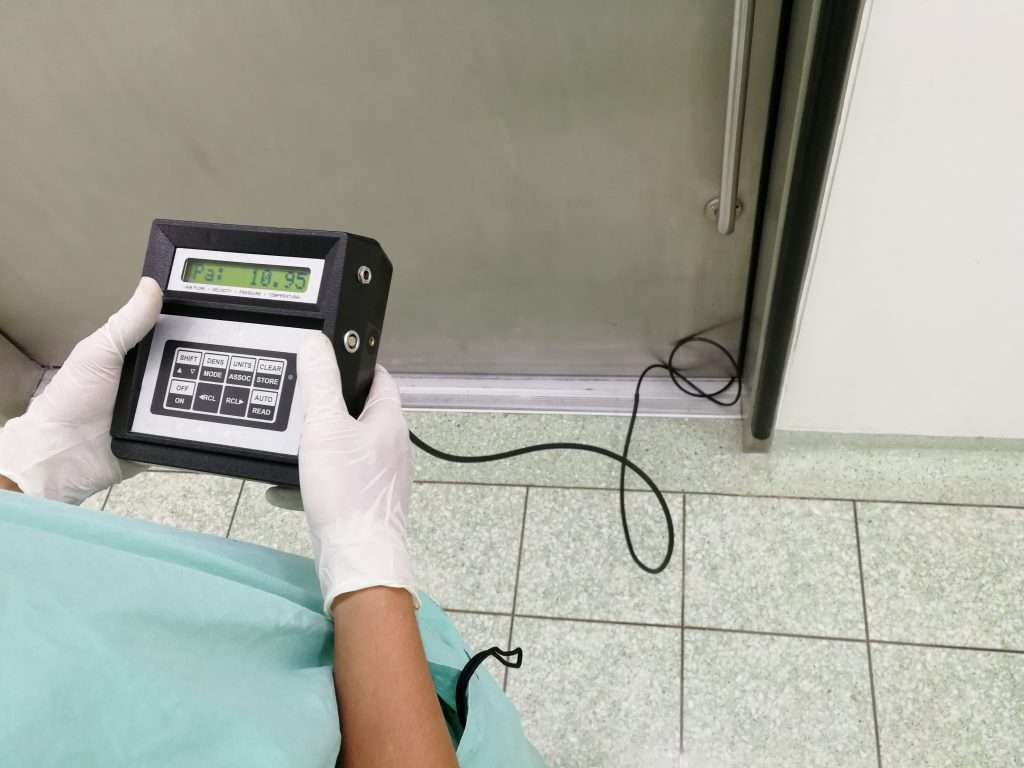 Measuring air pressure to verify seal integrity